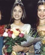 Megha and Sonpreet, with Neelam Saran