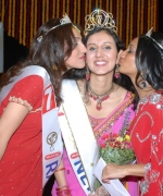 The winner Neha Multani, being congratulated by the First Runner Up - Namitha Thanickal and the Second Runner Up - Rattan Kaur