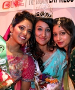 First runner-up Noopoor Akruwala(R), and Second runner-up Raishma Mohan-Ram(L).