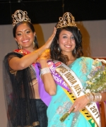 Chandan Kaur, being crowned by outgoing Queen, Sabrina Bachai.