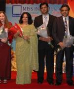 The Panel of Judges:, (from L to R) Tariq Khan, Janice Miller, Sudha Shekhar, Praveen Kumar, Dr. Hemant Patel and Dr. Lorenzo Ottaviano