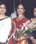 Neelam Saran & Anjana Trivedi, with Stacy Isaac (USA)
