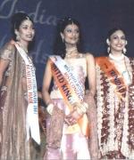 The Top Five, Stacy Isaac (USA), Sarika Sukhdeo (South Africa), Parveen Sian (UK), Tricia Bhin (Trinidad) and Ekta Bhatt (Tanzania)