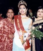 Shirley Naidoo & Neelam Saran, Santripti with Shirley Naidoo & Neelam Saran