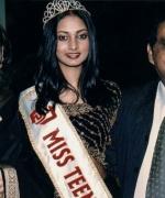 Neelam & Dharmatma Saran, with Miss Teen India South Africa